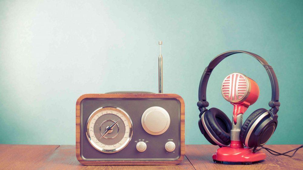 UKW-vs.-DAB-Die-Zukunft-des-Digitalradios-in-Deutschland-scaled.